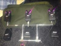 DELKIM TXI PLUS X3 bite alarms, receiver and SOLOR Worldwide pod with extension bars