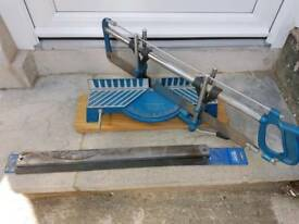 Precision mitre saw + 2 new blades