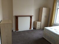 Spacious and Beautiful Double Size Bedroom to let in Tooting