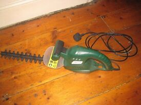 Hedge trimmer. B and Q PFHT450.
