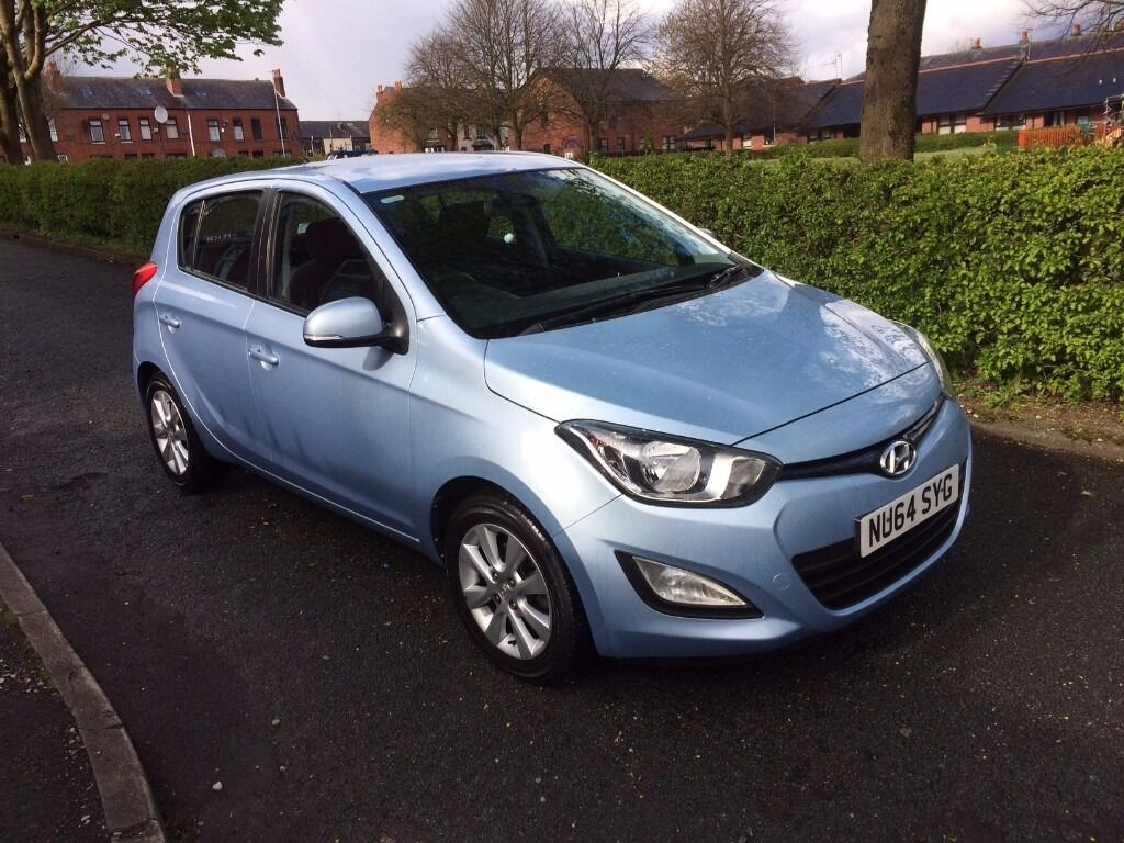 hyundai i20 active 1 2 facelift full service history. Black Bedroom Furniture Sets. Home Design Ideas