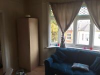 FURNISHED ONE BED STUDIO FLAT / 2 PEOPLE/STUDENTS WELCOME
