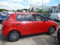 Skoda FABIA 1.6 S TDI CR 90,5 door hatchback,1 previous owner,2 keys,£20 tax, full MOT