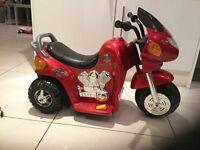 6v BATTERY POWERED KIDS POLISE MOTORBIKE, FANTASTIC CONDITION