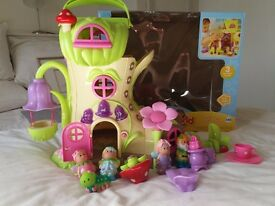 Happyland Boot and Figures