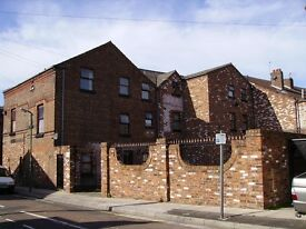One Bedroom Flat Private Gated Courtyard
