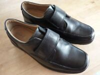 CLARKS FLEXLIGHT EXTRA WIDE SHOES SIZE 9