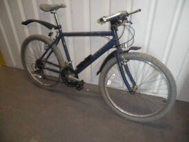 Raleigh Mountain bike 18 inch frame