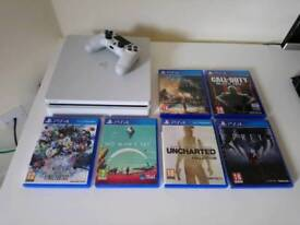 White PS4 Slim 500GB Bundle