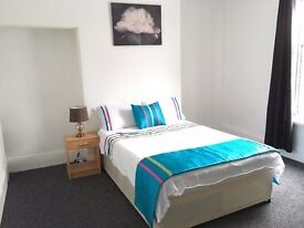 Large Double Rooms, Boulevard.HU3