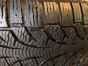 1 pneu 205/55/16 Pirelli winter carving 8-9/32