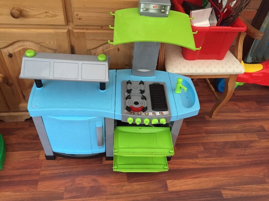 Chad Valley Chef Kids\' Play Kitchen, Good Condition, £10   in ...