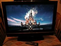 tv with dvd 32in akura