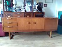 Retro 1970's Wooden sideboard/drinks cabinet & nest of 2 wooden side tables