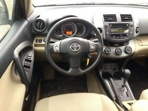 2011 Toyota RAV4 Limited * POWER ROOF * CAM * 4WD London Ontario image 11