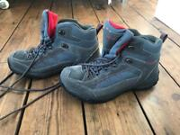 Hiking boots, size 7