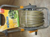 Hozelock assembled Pro Metal Hose cart 40m x 12.5mm professional hose.