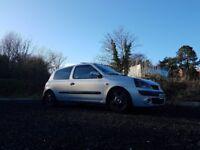 Renault clio mk2 1.2 16v (easy insurance)