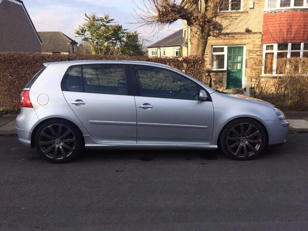 vw golf 1 9 tdi 2006 5 door auto silver r32 kit sat nav plus more in shipley west. Black Bedroom Furniture Sets. Home Design Ideas