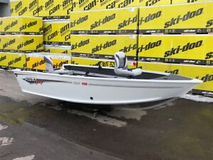 2017 Alumacraft Bateau de pêche Escape 145 TILLER