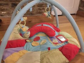 Baby gym with tummy time pillow