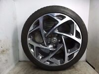 2015 VAUXHALL INSIGNIA 19 inch Alloy Wheel with 245/40/19 goodyear tyre