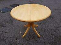 Small Asian Oak Round Extending Table FREE DELIVERY 466
