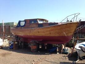 "24'6"" wooden motor sailer"