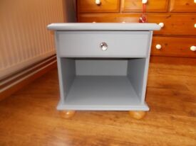 Grey chalk painted cabinet - perfect condition.