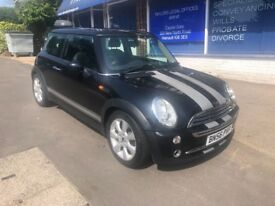 2006 MINI COOPER 0NLY 60,000 MILES with FULL SERVICE HISTORY 2 FORMER LADY OWNERS NEW MOT
