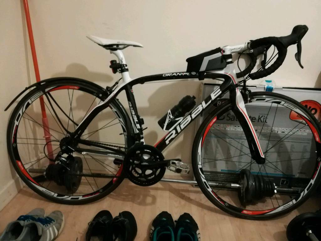 Carbon Fibre Road Bike Bicycle Immaculate condition £500