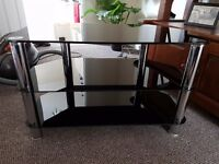 Back Glass and Chrom TV stand