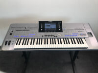 Yamaha Tyros 5 76 keys with flightcase