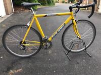 Saracen Morzine Road Bike. Medium size.