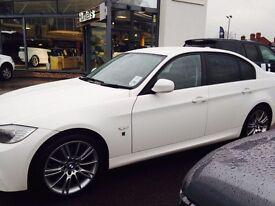 White BMW 318