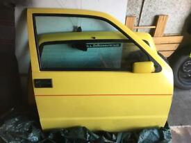 Fiat cinquecento drivers door yellow