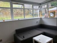 SB Lets are delighted to offer this fully furnished, spacious double room and rear garden