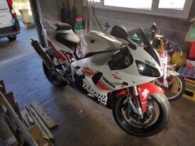 2000 Yamaha R1 (swap)
