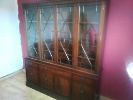 Back lit display cabinet