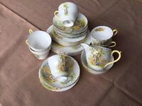 26 Piece Shelly Daffodil Time Teaset