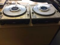 Technics SL-DZ1200 CDJ's (pair)
