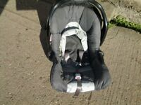 Baby Car Seat (Graco)