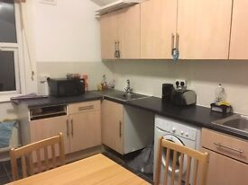 3 large sized double bedrooms in wood green 20 min to Piccadilly 10 to king's cross