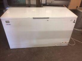 Chest Freezer,5 Foot 150 cm ,Good Working Order,Few Scuffs ,But Works Well £175 Cheap