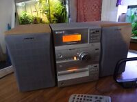 Sony CMT-CP1 mini hifi complete with speakers and remote