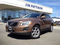 2010 Volvo XC60 T6 AWD / Navigation / Technology Package