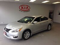 2014 Nissan Altima 2.5 Power Package..Low Kms