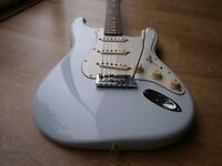 FENDER STRATOCASTER sonic blue Classic Player 60s upgraded with USA American Standard parts