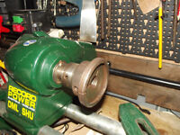 Wood Turning Lathe, excellent condition make Recorde