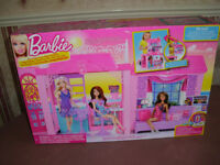 Barbie Glam Vacation House with furniture